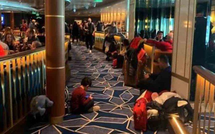 Los primeros análisis descartan el coronavirus en el crucero bloqueado en Italia