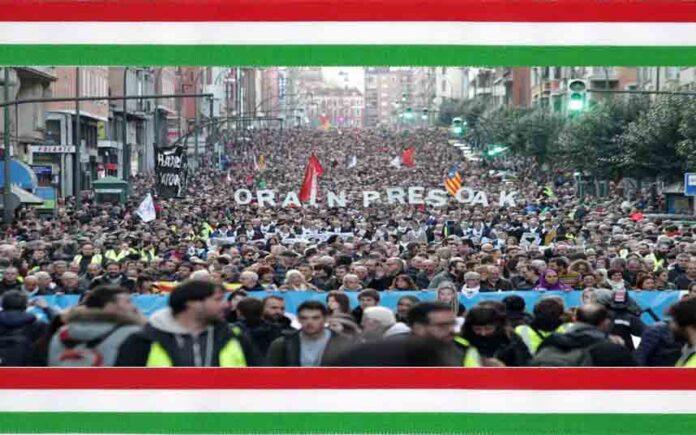 Más de 80.000 personas salen a la calle en Bilbao por los derechos de los presos vascos