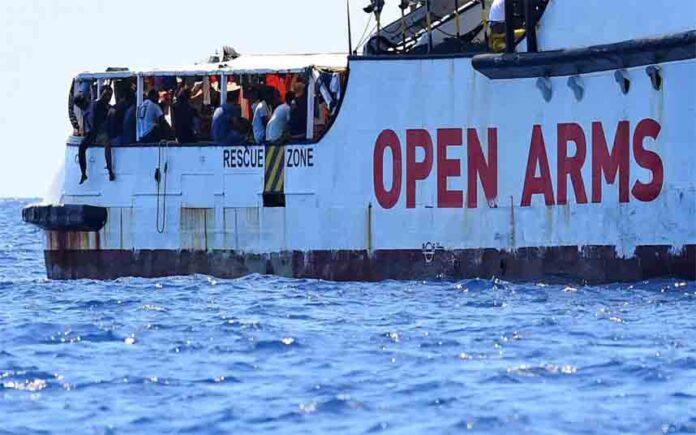 Open Arms: Quinto rescate en 72 horas y ya acoge a 363 náufragos