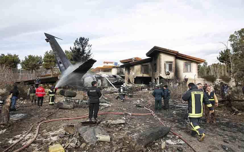 Se estrella un avión ucraniano en Irán con 176 personas