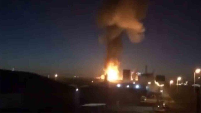 Un muerto y ocho heridos en la explosión de la petroquímica de Tarragona