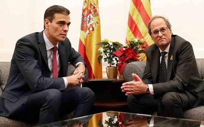 Torra recibe a Sánchez en una reunión marcada por la proximidad de las elecciones