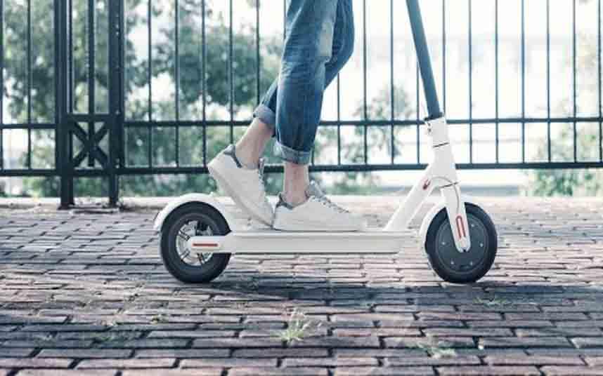 Una sentencia podría obligar a tener carnet para conducir patinetes eléctricos