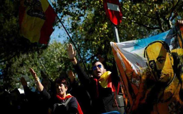 Los nietos de Franco continúan en Europa contra la exhumación del dictador