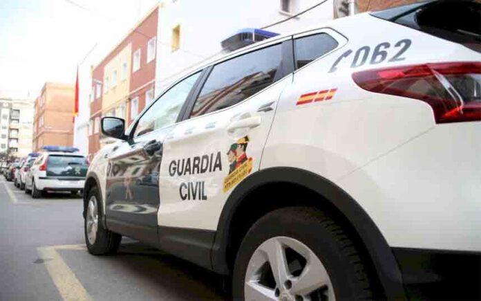 Detenido por varios delitos y saltarse el confinamiento en Almassora (Castelló)