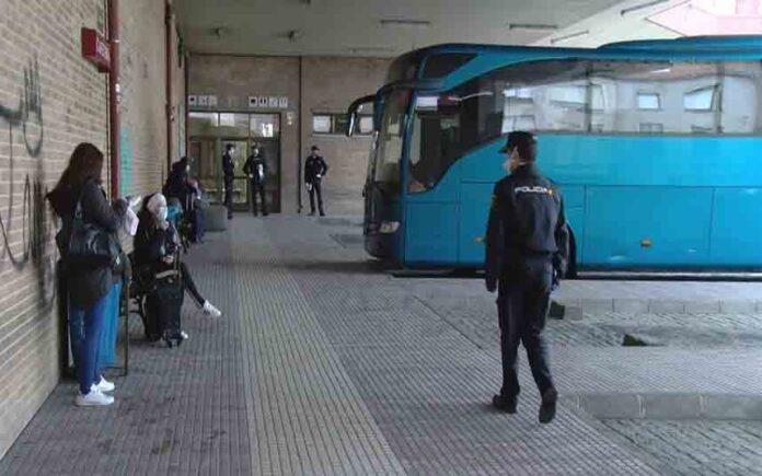 Disminuyen los casos de coronavirus en España después de suavizar el bloqueo