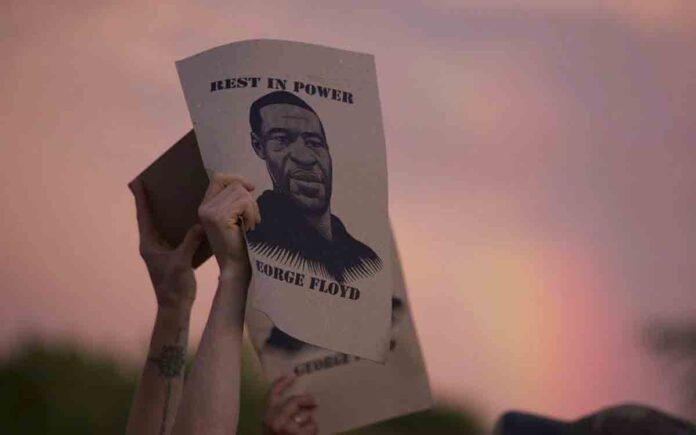 Detenido el ex policía de Minneapolis que mató a Floyd, acusado de asesinato