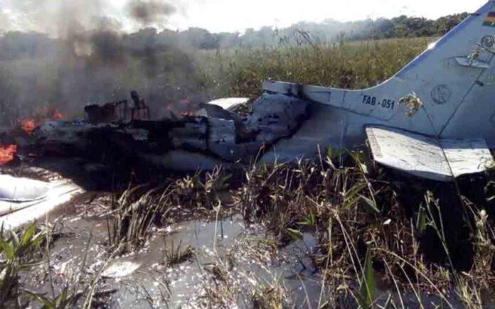 Mueren cuatro españoles en un accidente de avión en Bolivia