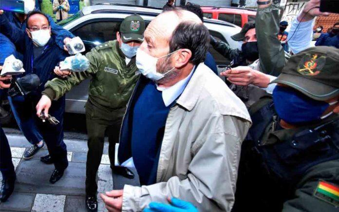 Prisión para el ex ministro de salud boliviano por el sobrecoste de los respiradores