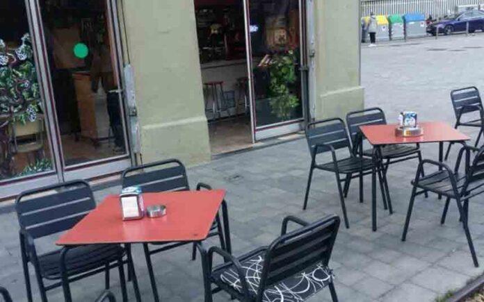 Barcelona bajará la tasa a las terrazas de los bares y les dará más espacio