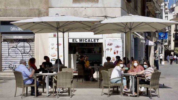 Comunitat Valenciana: 98 personas siguen hospitalizadas, 12 de ellas en la UCI