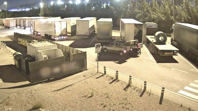Desarticulado un grupo que robaba las cargas de los camiones en la AP-7
