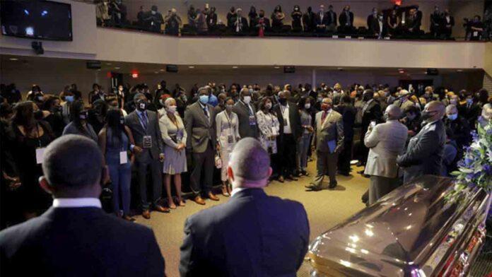 El funeral de George Floyd hace reavivar las protestas pacíficas en Estados Unidos