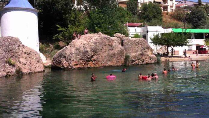 La Comunidad Valenciana prohíbe el baño en ríos y pozas