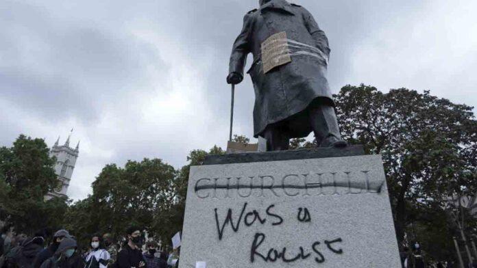 Protestas contra la violencia policial en las embajadas de EE.UU. en España y Reino Unido