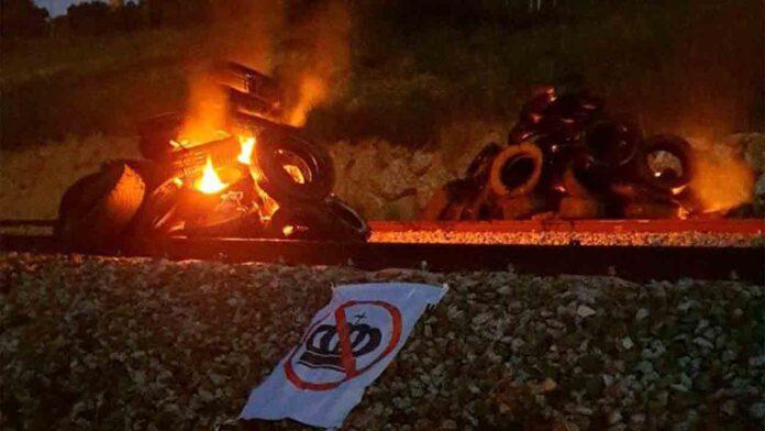 Bloqueado el AVE entre Girona y Figueres en protesta por la visita de los reyes