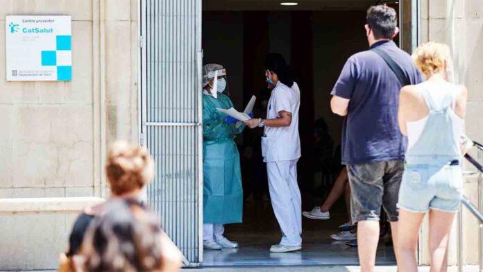 Catalunya registra 1.111 nuevos positivos, 346 en Barcelona y 195 en Segrià