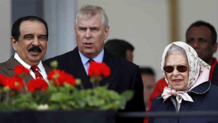 El príncipe Andrés deja la vida pública por el escándalo sexual vinculado con Epstein