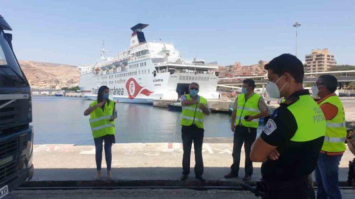 El puerto de Almería suministrará gas licuado a los ferris