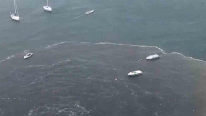 Indignación por el vertido de aguas fecales en las playas de Acapulco