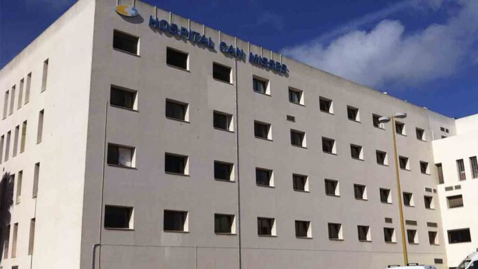 Ingreso hospitalario forzado para un hombre que viajó a Ibiza dando positivo en coronavirus