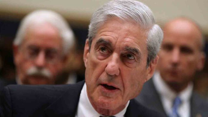 Robert Mueller condena a Trump por conmutar la sentencia de Roger Stone