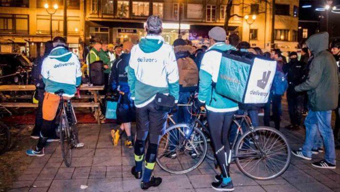 Uber Eats y Deliveroo en Bélgica acusados de prácticas abusivas