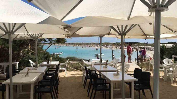Detenido el propietario de un restaurante en Formentera por tener trabajando a enfermos de Covid