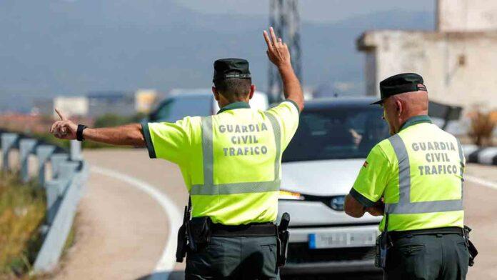 Tráfico aplica medidas de regulación por el fin de semana de cambio de quincena