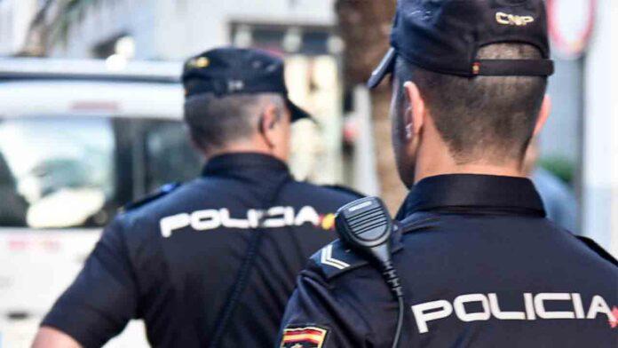 Detenidas 12 personas por defraudar 300.000 euros en cheques y pagarés
