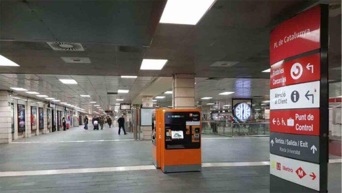 Insultos homófobos de un revisor de Renfe a un pasajero en Barcelona