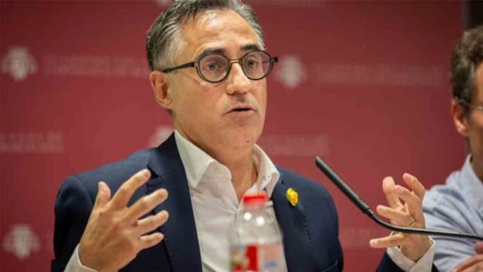 Torra mete en el Govern a Ramón Tremosa, el mayor creador de 'Fake News'