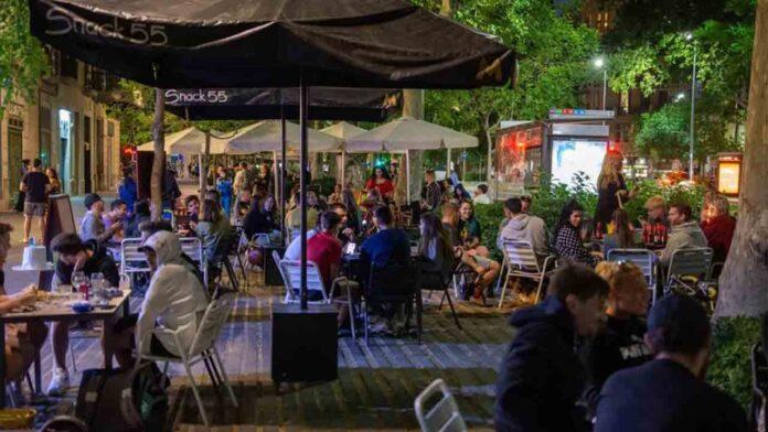 Catalunya se plantea cerrar bares y restaurantes