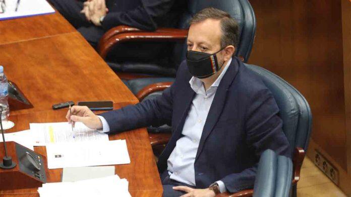 Crisis en el gobierno de Madrid: Dimite el consejero de Políticas Sociales