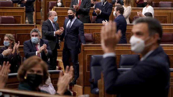 El Congreso tumba la moción de censura y la ultraderecha se queda sola