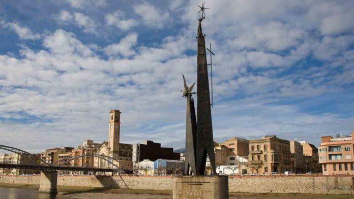 El monumento franquista de Tortosa será retirado después de años de polémica