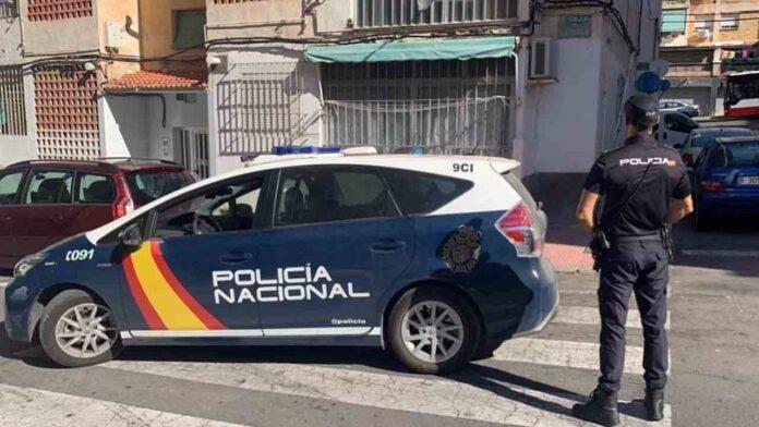 Detenidos dos jóvenes por encerrar durante dos años a una abuela en una habitación en Valencia