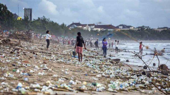 EE.UU. y el Reino Unido aún no han mostrado su apoyo al tratado sobre los plásticos