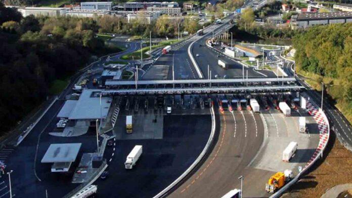 El Gobierno estudia la implantación de carriles verdes para el transporte