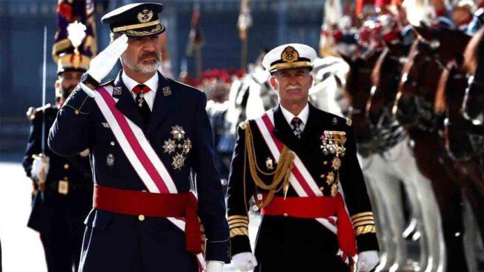 Miembros retirados del ejército aplauden el discurso de Vox en una carta al rey