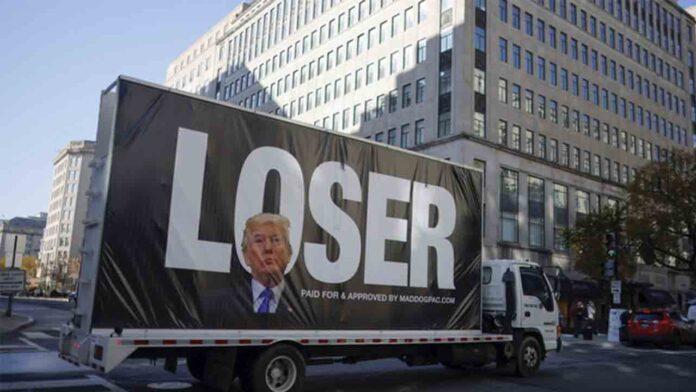 Twitter te muestra la cuenta de Trump, si buscas la palabra perdedor