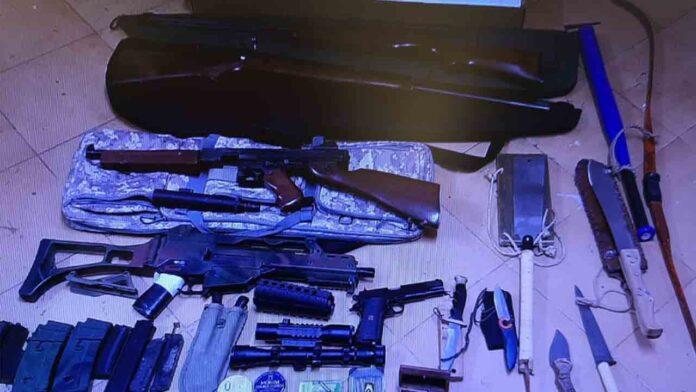 Un hombre se atrinchera con siete armas de fuego en Palafrugell, tras agredir a su hermano