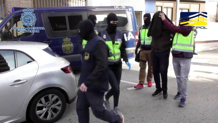 Ingresan en prisión dos miembros de DAESH detenidos en Madrid y Toledo