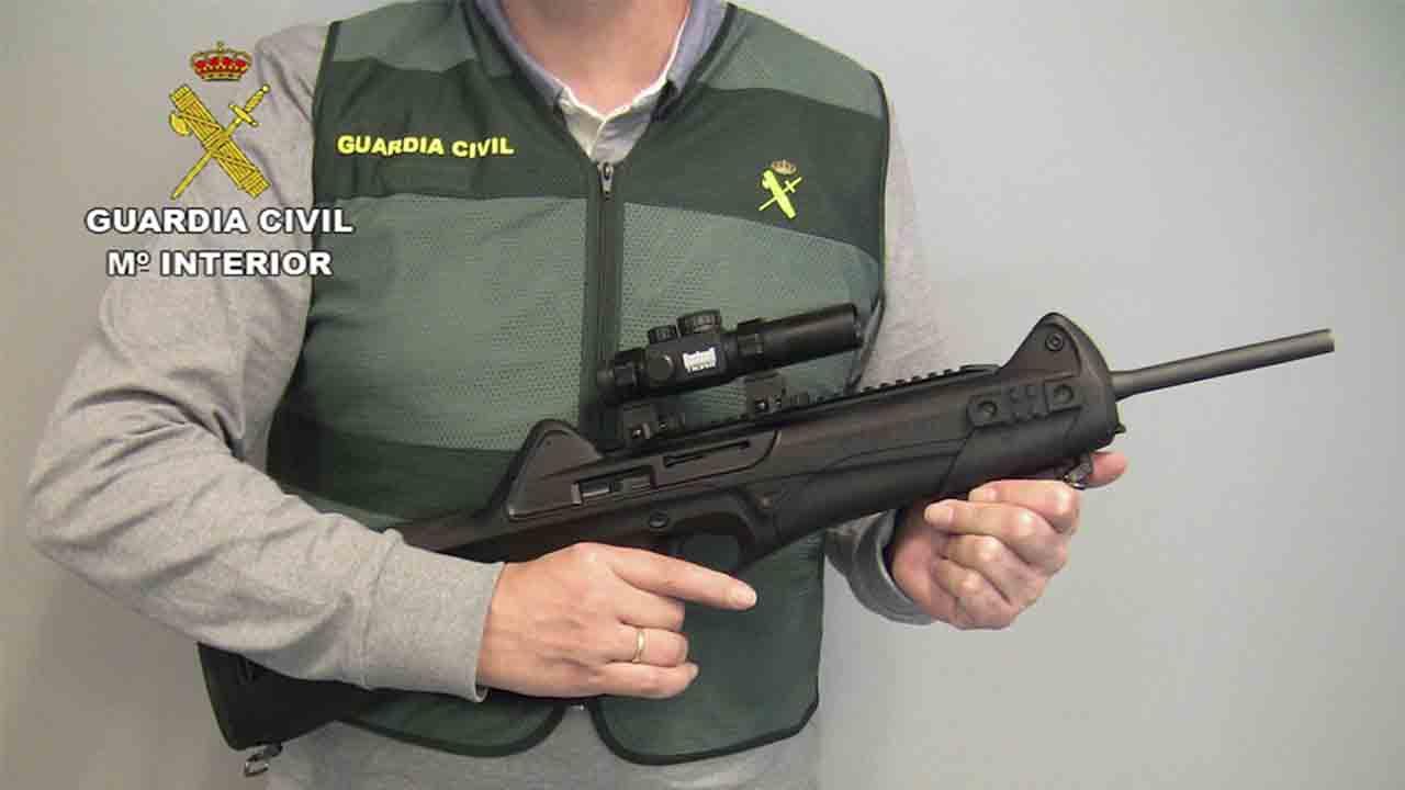 Desarticulada una red de tráfico de armas para el crimen organizado