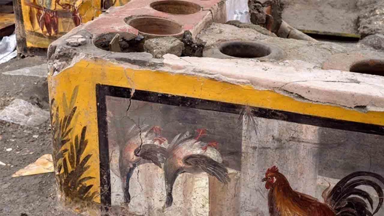 Descubren bajo la ciudad de Pompeya los restos de un restaurante de comida rápida