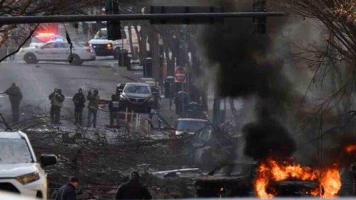 EE.UU. Un coche bomba destruye varios edificios en el centro de Nashville