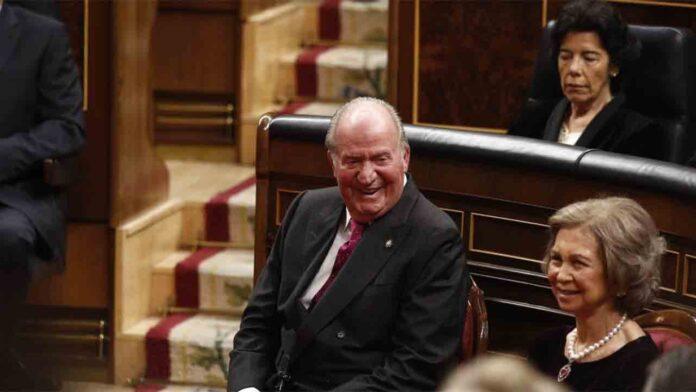 La fiscalía notificó en noviembre al abogado de Juan Carlos las diligencias sobre las tarjetas opacas