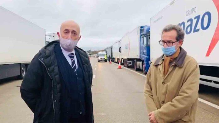 Toma de contacto entre el Consulado y los camioneros retenidos en Reino Unido