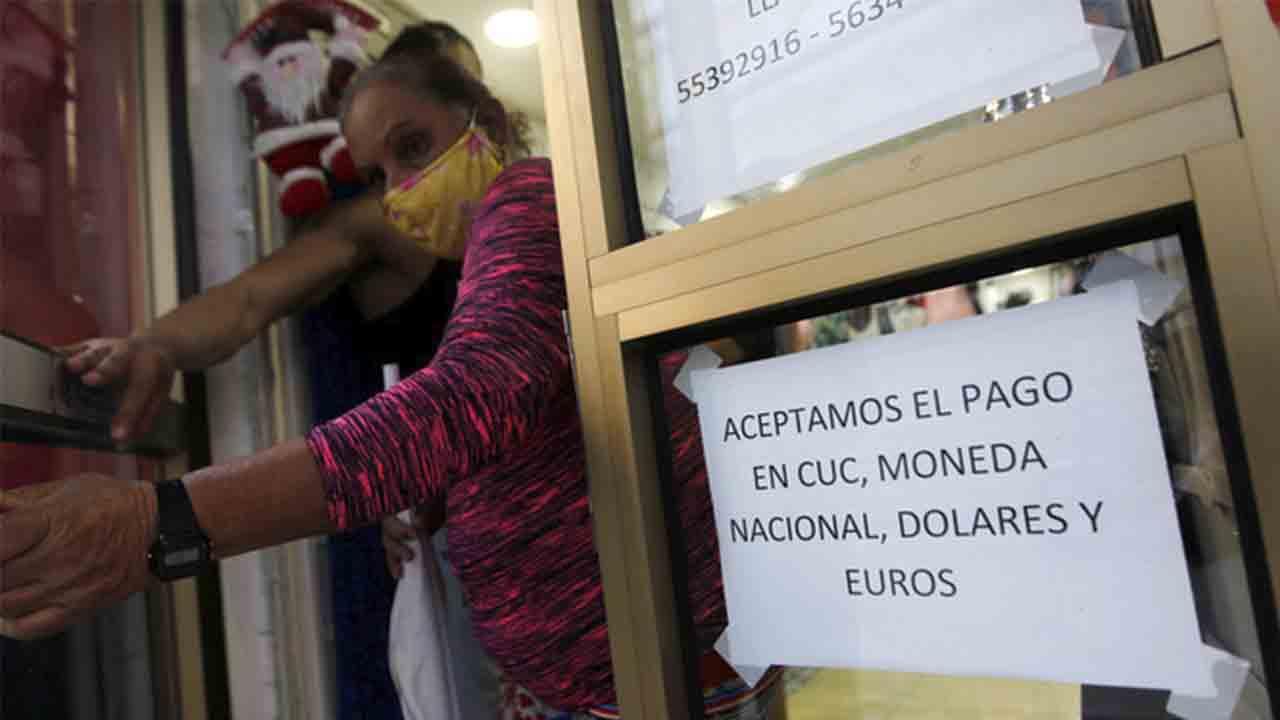 Cuba da la bienvenida al 2021 con una nueva política monetaria