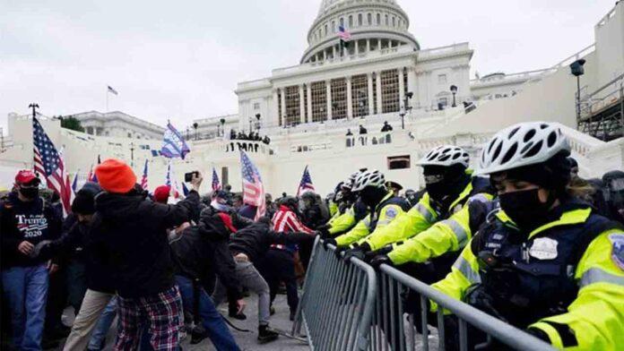 El fracaso de la policía para detener el asalto al capitolio